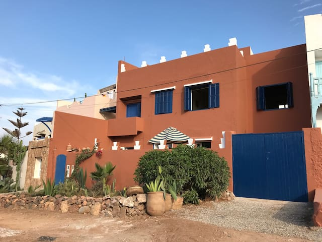 grande maison bord de mer h user zur miete in mirleft souss massa dr a marokko. Black Bedroom Furniture Sets. Home Design Ideas