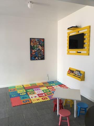 Confortável apto c garagem - Capão novo  - Wohnung