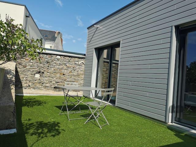 Chambre privée dans bel appartement avec terrasse