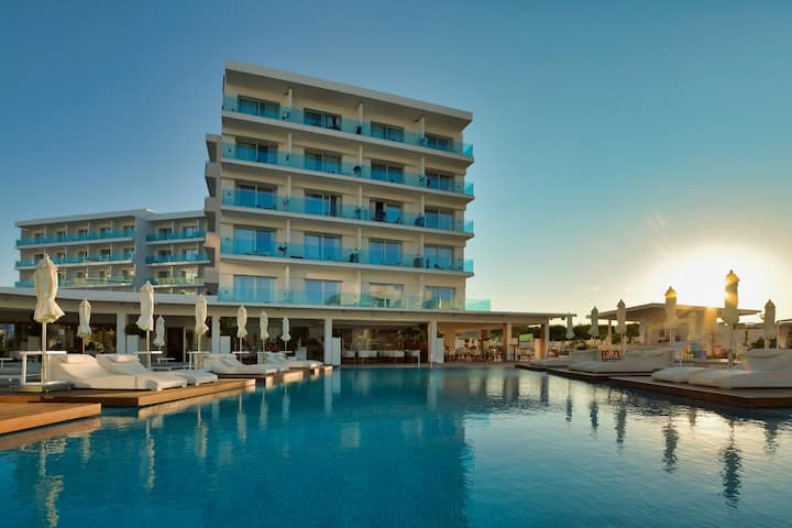 Cyprus In The Sun Blue Ivy Hotel Family Suites 2