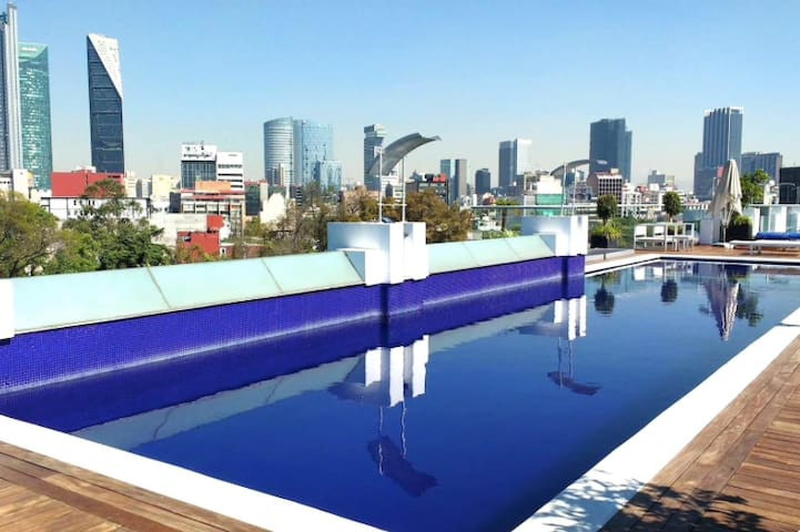 Condesa's green view loft and luxurious amenities