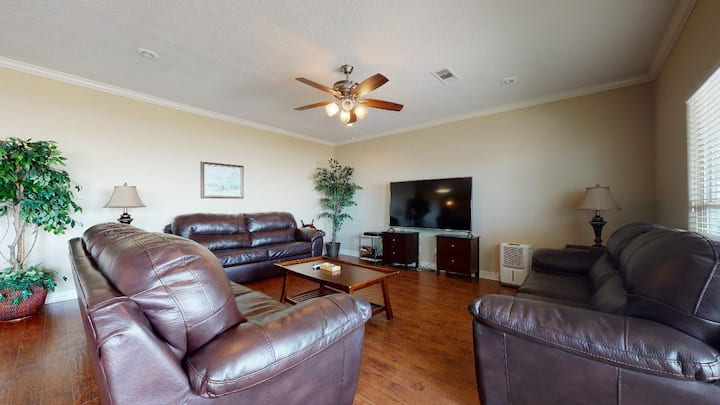 Beachfront in popular subdivision! - Awesome View