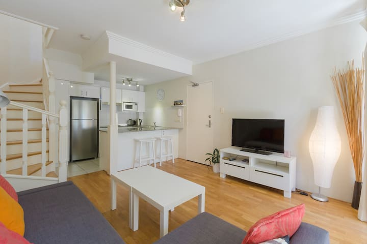 Manly Gem(Great Townhouse in Manly) - Manly - Apartment
