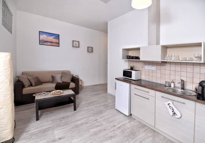 Stylish 1BR Apartment is the City Center - Budapest - Apartment