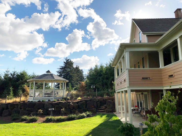 Historic & Beautiful Delaney House in Salem, OR