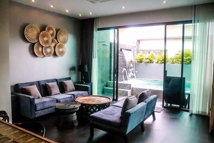 New,Clean 2 bed, 2 bath pool villa in quiet complx