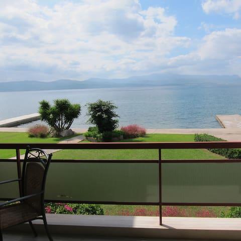 Διαμέρισμα στη θάλασσα σε συγκρότημα κατοικιών - Αμάρυνθος - Apartamento