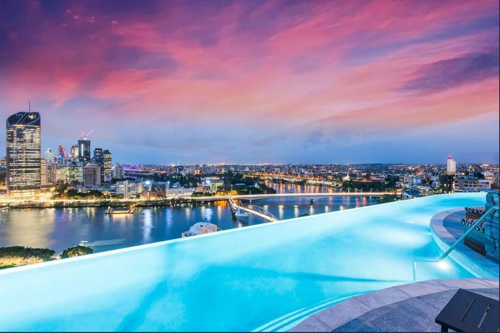 Infinity pool on the level 22 rooftop