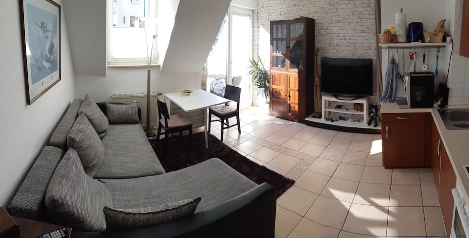 Nice and cosy flat close to the city center!