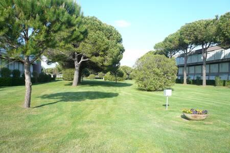 Monolocale in residence con piscina, H2 - Marina di Bibbona - Διαμέρισμα