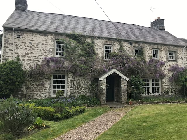 Church Cottage, Cowbridge