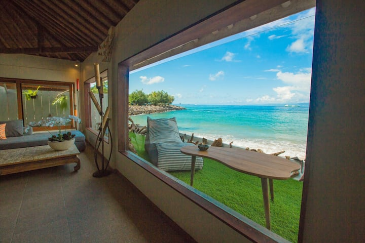 Absolute Oceanfront 2 Bedroom Candidasa Villa