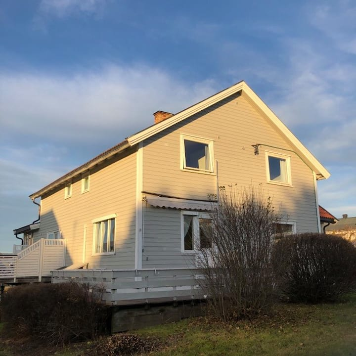 Koselig hjem i Ottestad ved Hamar