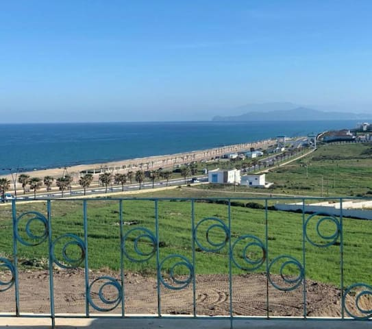 Large apartment in Fnideq with sea view