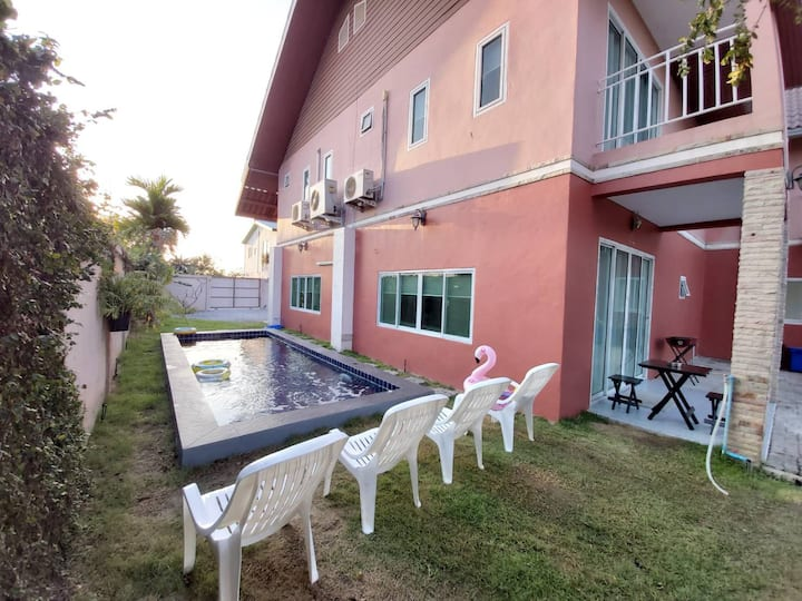 Pink private poolvilla 6BR-saltpool- jomtien beach