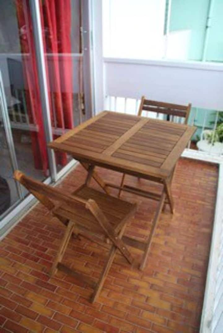 Studio in Les Trois-Îlets, with wonderful sea view, furnished balcony and WiFi