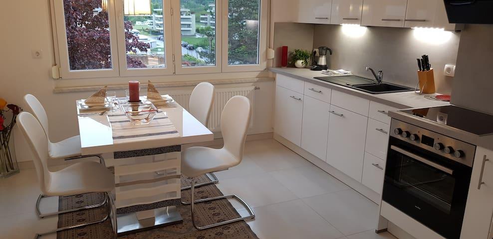 Wunderschöne Wohnung mit Balkon nähe Wörthersee!