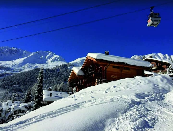 Perfect Luxury Chalet 7BD Spacious