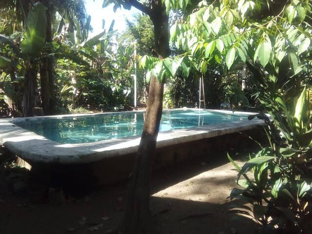 Casa Escondida 7 beds, 2 A/C rooms , WIFI, TV Pool