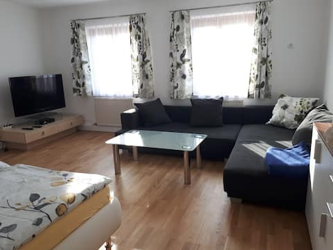 Neu renov. Wohnung in Ruhelage