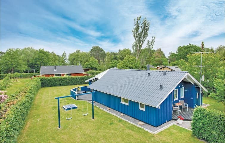 Holiday cottage with 4 bedrooms on 116m² in Gørlev