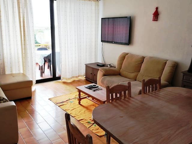 Family Apartment in Olhão with AC