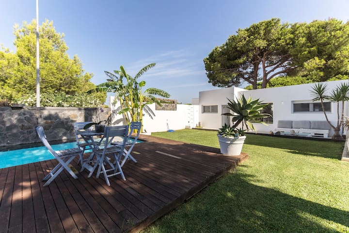 MODERN, LUXURY AND RELAX ON THE BEACH - Chiclana de la Frontera - Chalet