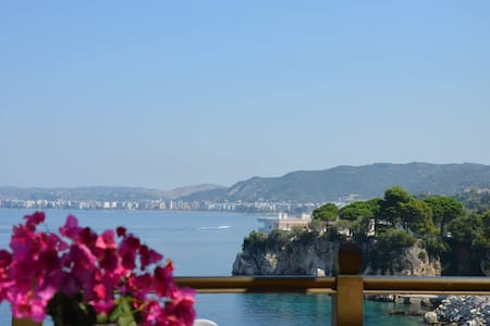 Luxury Apartment in Vlora by the Sea with Seaview - Vlorë - Apartmen