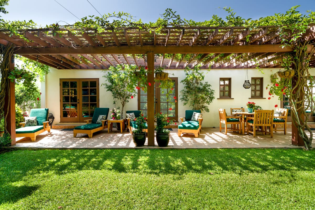 Casa Carmona, a Mid-City Garden Oasis near Museums