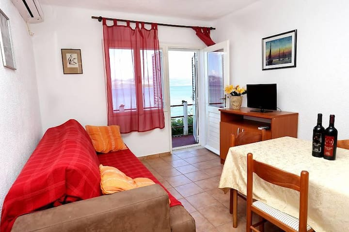 Two bedroom apartment near beach Drače, Pelješac (A-10130-a) - Drače - Lägenhet