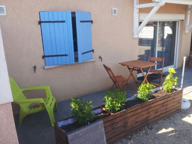 Appartement 36m2 refait à neuf dans villa au calme - Saint-Martin-la-Plaine - Departamento