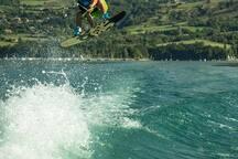 sauter sur les vagues