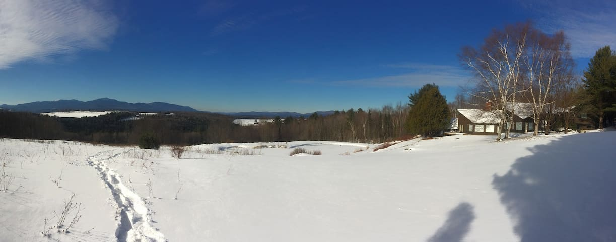 Vermont Mountain View Property - Hyde Park