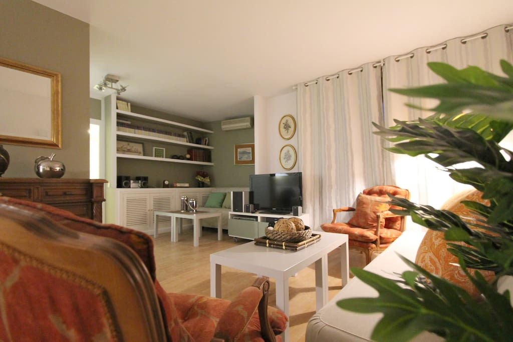 Apartamento tosca deco con piscina apartamentos en for Apartamentos en madrid con piscina