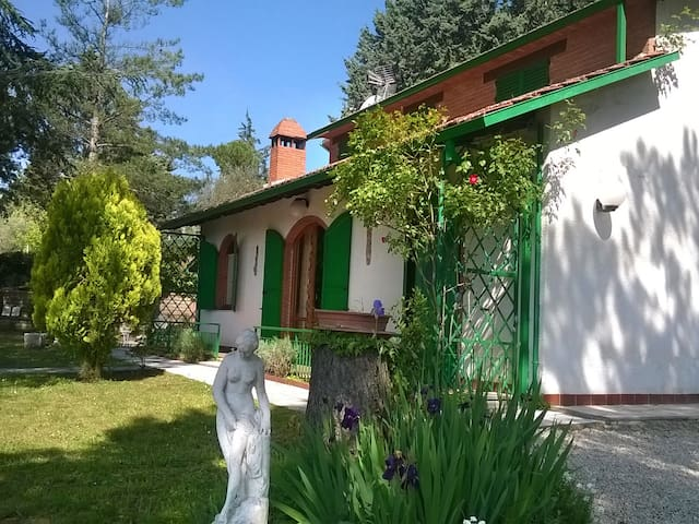 Home in countryside of Perugia - Magione - บ้าน