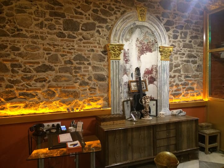 Historic family hotel  / Laguna otel İZMİR
