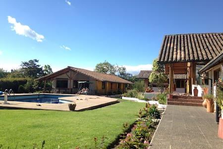 casa en la naturaleza Quinta Samai