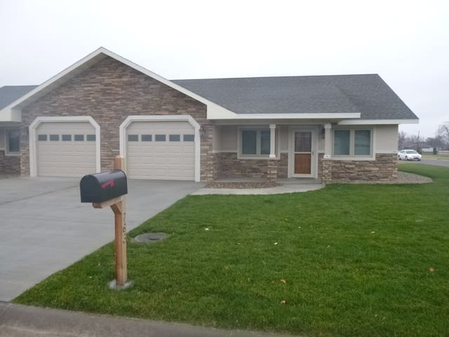 New Home Easy Access From I-70 #2 - Goodland