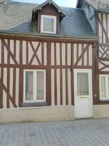 Maison de village au cœur du pays d'Auge - Moyaux - House