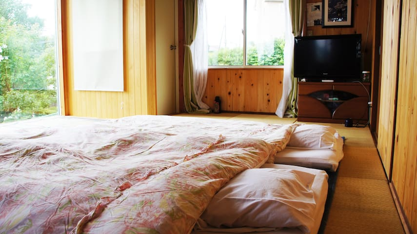 寝室2 2名用
