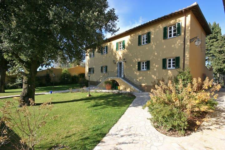 Dante - Dante 1, sleeps 2 guests in Volterra - Volterra - Apartamento