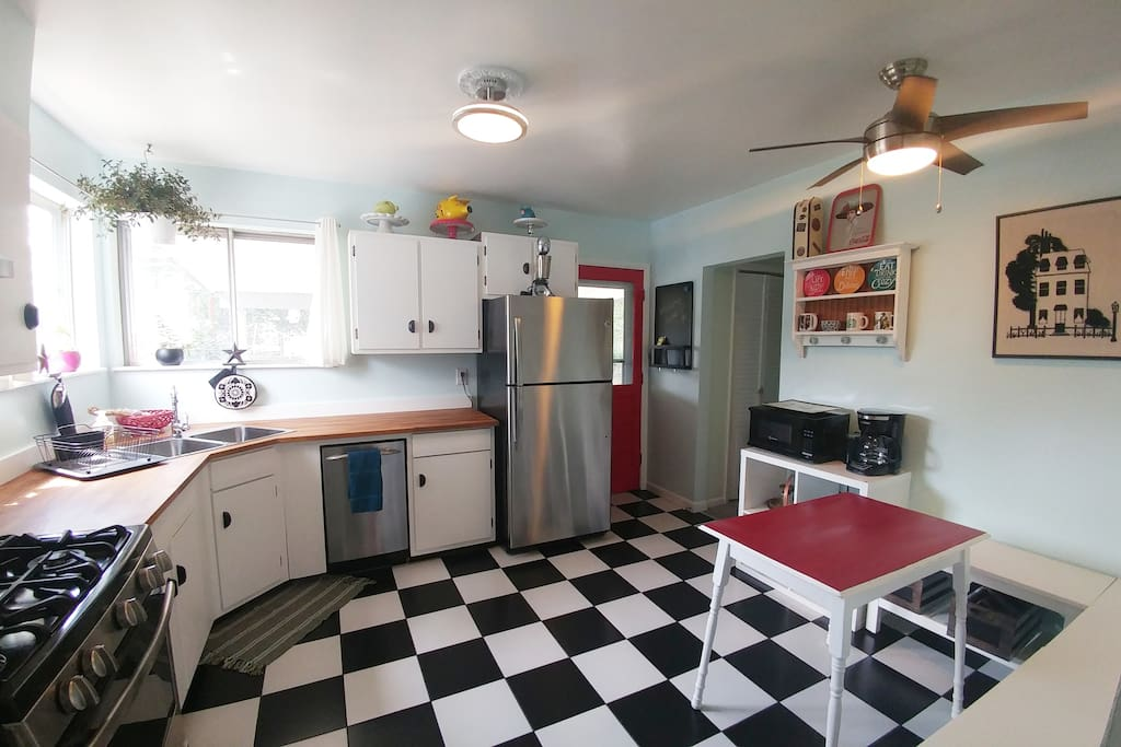 Fun 1950's kitchen with all stainless steel appliances plus a 5 burner gas range.
