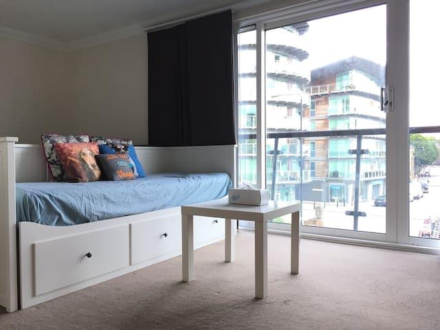 7. Exellent Ensuite Riverview Room in Tower Bridge