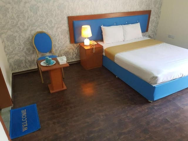 New Avon Hotel | Standard Double Room