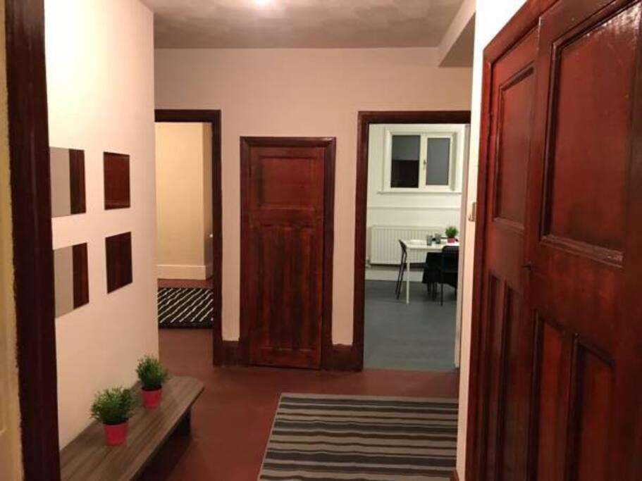 Entrance - Lobby Area