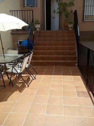 Casa unifamiliar linares - Linares - House