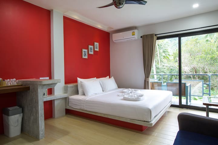 Deluxe Private Room with Balcony