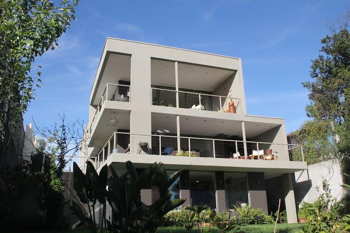 Casa Sierralta