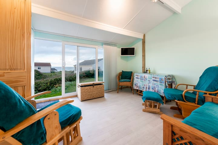 Westhill self-catering chalet near Hayle beach
