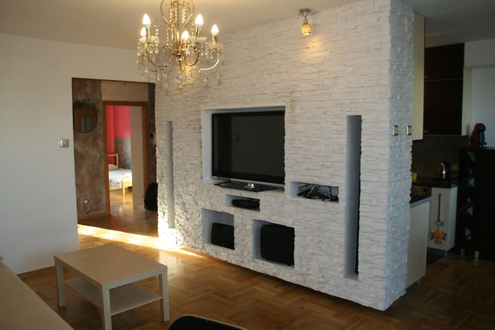 Big, light apartment close to the Warsaw airport